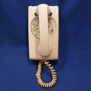 Vintage Western Electric Bell Systems Wall Mount Rotary Phone Cream Beige