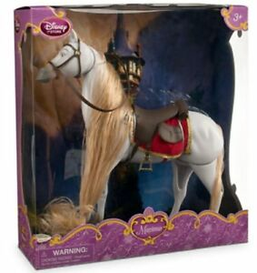 NEW - Disney TANGLED Rapunzel Doll & Maximus (RARE)