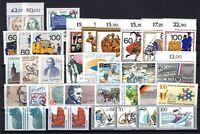 P135713/ WEST BERLIN – Y&T # 807 / 840 MINT MNH – CV 147 $