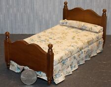 Dollhouse Miniature Walnut Single Bed  Floral Bedspread 1:12  one inch scale E45
