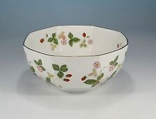 "Wedgwood ""Wild Strawberry"" Schale 16 cm."