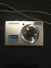 Samsung L100 8.2Mp Digital Camera-Silver, Works perfectly, Point and shoot!