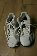 Adidas Boys white basketball shoes size 1 Euc