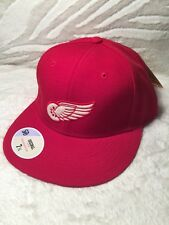STALL & DEAN NHL DETROIT RED WINGS FITTED HAT (7 3/4)(MORE SIZES AVAILABLE)