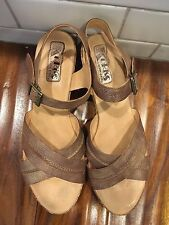 KORK EASE by KORKS Gold Leather Cross Strap Wedge Women's Sandals Size 11/43