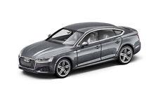 Audi A5 descapotable Cabriolet coche modelo 1 43 2017 Gotlandgrün 5011705333