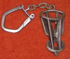 Porte-clés Key chain VERGASER MAZOUT Objet en 3D ... 5 cm de haut