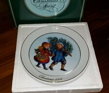 Avon Christmas Plate Cherish Memories Series Sharing the Christmas Spirit 1981