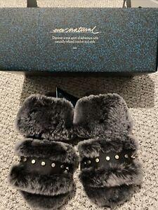 emu australia slippers Size 3 Black