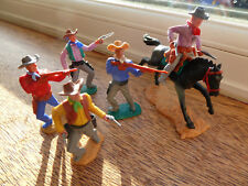 5 Timpo Toys plastic Wild West Series Cowboys 4 on foot 1 sherif on horse back