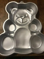 "1982 RETIRED Wilton "" HUGGABLE TEDDY BEAR"" Cake Pan # 502-3754 w/ insert"