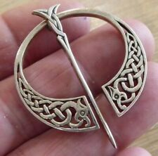 QUALITY ANTIQUE CELTIC STYLE  SILVER HALLMARKED BROOCH PIN