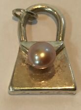 BEAUTIFUL VINTAGE SILVER BRACELET CHARM OF A HANDBAG WITH FAUX PEARL CLASP