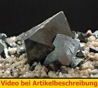 7561 Magnetit magnetite ca 7,5*4,5*6 cm Cerro Huanaquino Bolivia 2002 Movie
