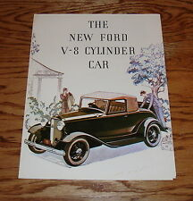 1932 Ford V-8 Cylinder Car Foldout Sales Brochure 32 Coupe Phaeton Roadster