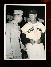 Original Jan 7 1959 Ted Williams With Soldier Wire Photo