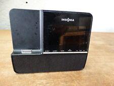 Insignia NS-CLIP01 Clock Radio w/Apple iPod/iPhone Dock