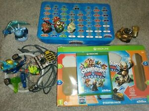 SKYLANDERS TRAP TEAM XBOX ONE STARTER PACK WITH EXTRA FIGURES