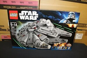 NEW Sealed Box! LEGO 7965 Star Wars Millennium Falcon FREE Priority Mail!
