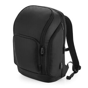 QUADRA Pro-Tech Charge Backpack Laptop iPad Tablet USB Charging Port QD910
