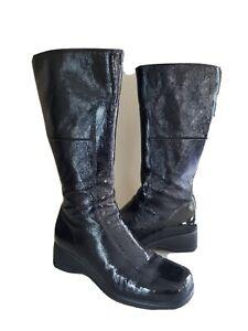 La Canadienne Women's Black Patent Leather Boots Size 7M