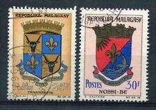 MADAGASCAR, 1963-67, LOT 2 timbres 392 et 439, ARMOIRIES, oblitérés