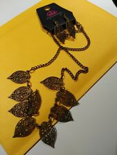 Paparazzi jewelry necklace and earrings set. Will combine shipping.