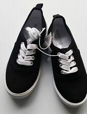 Old Navy Boy's Uniform Canvas Sneakers Size 13 NEW Black Boys