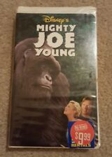 Disney's Mighty Joe Young VHS 1999, Clamshell with Charlize Theron, Bill Paxton