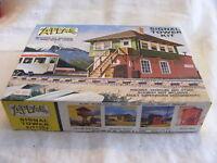 Vintage HO Scale Atlas 704 Signal Tower MIB