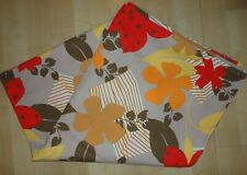 VINTAGE MULTICOLOURED FLORAL TABLECLOTH ... 142 X 142 CM SQUARE
