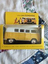 Little Miss Sunshine Volkswagen Classical Bus (1962) 1/32
