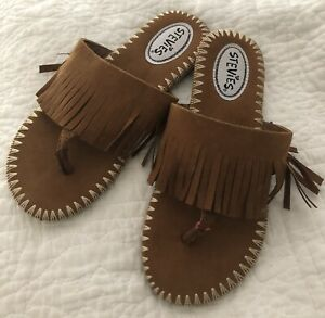 Stevies Big Girls Brown Fringe Flip Flops Shoes Size 3 4