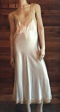VINTAGE HEAVENLY LINGERIE by FISCHER IVORY SIZE SMALL NIGHTGOWN