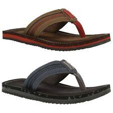 Sandali e scarpe Clarks infradito per il mare da uomo