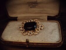 Vintage Jewellery Emerald Cut Jet Black and Clear Crystal Brooch Gold Plated