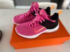 Womens Nike  6