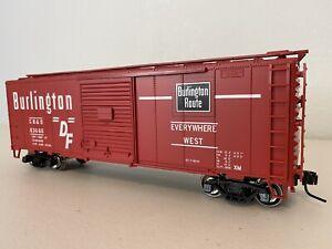 "Atlas 0557-2 :: Burlington 40' Sliding Door Boxcar - 2 Rail ""O"""