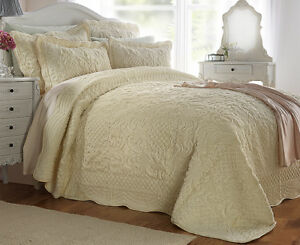 Luxury Cosmos Fleece Quilted Bedspread Throw Blanket Bedding Set and Pillowsham