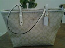 NWT Coach Signature Light Khacki/Chalk Ciity Zip Tote Shoulder Handbag Bag