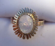fine 14K  yellow gold jelly opal ring  size 7