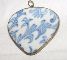 ANTIQUE CHINESE BLUE & WHITE POTTERY/Porcelain Shard Pendentif Coeur Forme