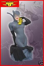 WOMEN OF THE DC UNIVERSE CATWOMAN MINI BUST STATUE!