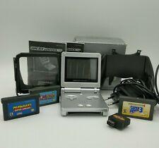 Nintendo Game Boy Advance SP Silber mit OVP, 3 Spielen, Ladekabel, Lupe und mehr