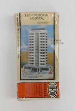 Vtg CONCOR CON-COR N SCALE TRAIN LECH MEMORIAL HOSPITAL or HOTEL MODEL - SEALED