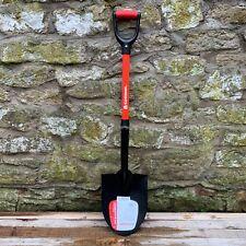 Corona Lightweight Round Mouth Nursery Shovel - Garden Spade - Fibreglass Handle