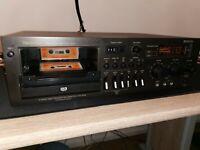 Vintage Technics Stereo Cassette Deck 673