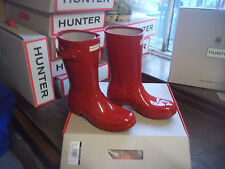 GLOSS HUNTER  WELLINGTONS IN HALIFAX SIZE 6  MILITARY RED GLOSS SHORT ADULTS