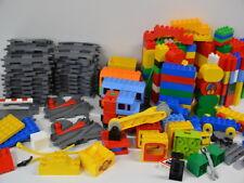 5 )  Lego Duplo Eisenbahn Schienen Weichen elekt. Lok mit 3 Hänger viele Steine