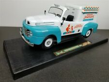 1948 FORD F1 ICE CREAM TRUCK DIE CAST HOWARD JOHNSON'S 1/18 92229 NEW